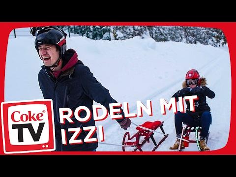 Schlitten-Fun mit izzi und Mirella | #CokeTVMoment