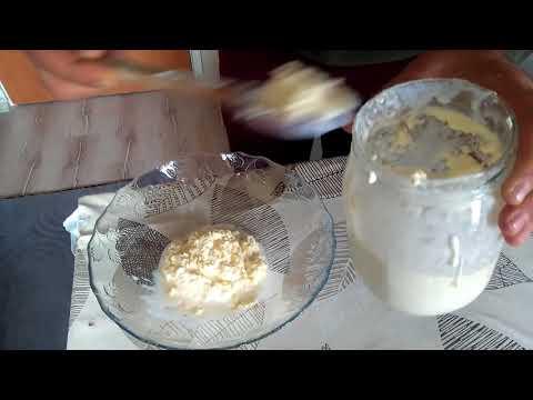 evde yoğurt kaymağından tereyağı yapımı - butter made from yogurt slip at home
