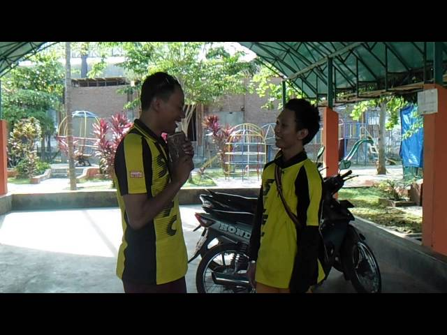 Ngegombal SLFC di Bangkalan Travel Video