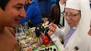 Благословение от природы как монашки выращивают и продают марихуану