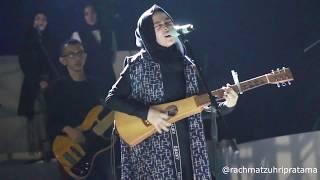 Nissa Sabyan feat Annisa Sabyan - Ya Habibal Qolbi (Live Konser Indonesia Sejuk)
