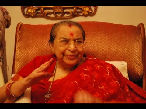 Maiya Tere Charano Ki - Hindi Bhajan Shri Mataji Guru Nanaka Jayanti Birthday 2008 Noida Sahaja Yoga
