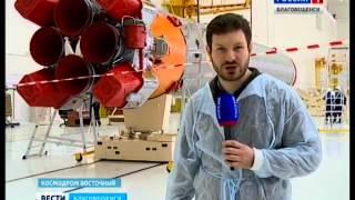 На Східному почалося вивантаження із контейнерів частин ракети-носія Союз 2