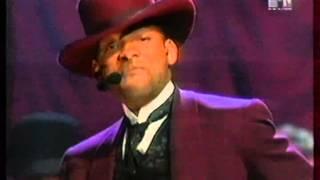 Download Will Smith & Dru Hill, Stevie Wonder - Wild Wild West (MTV Movie Awads 1999) MP3 song and Music Video