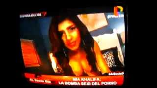 Repeat youtube video Mia Khalifa: La Bomba Sexy del Porno (Al Sexto Día)