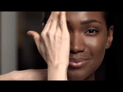 NARS How To: All Day Luminous Weightless Foundation For Oily Skin