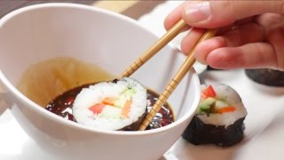 Easy Vegan Raw Till 4 Sushi recipe with Sweet Chilli Sauce