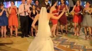 بالفيديو - زواج زينب العراقيه وراندي الامريكي كلمن محتفل و يرقص على طريقته و تراثه واصله