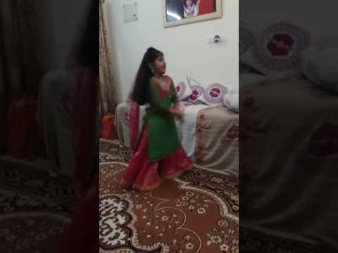 Song Maiya Yashodha (Hum Saath Saath Hain)...
