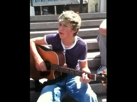Niall Horan singing one time and n repeatedly swearing haha
