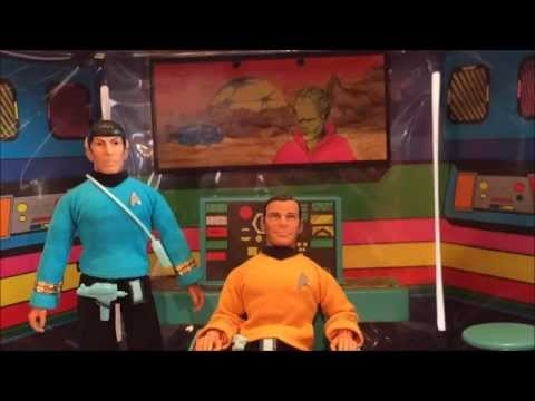 Star Trek Mego U.S.S. ENTERPRISE Bridge Playset Review