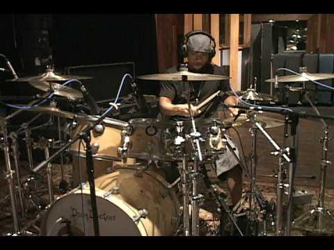 Tony Royster Jr. Jay-Z's drummer live in the studio