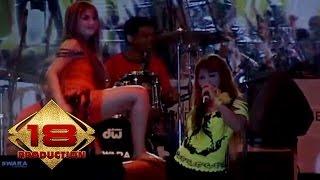 Live Konser Dangdut ~ Gedung Tua @Tangerang 18 Agustus 2007