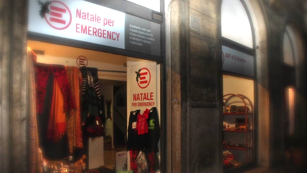 Emergency Regali Di Natale.Anche Babbo Natale Fa I Suoi Regali Con Emergency