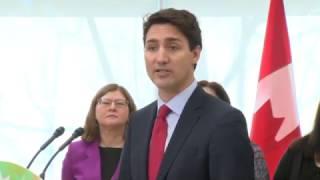 Heckler calls Justin Trudeau