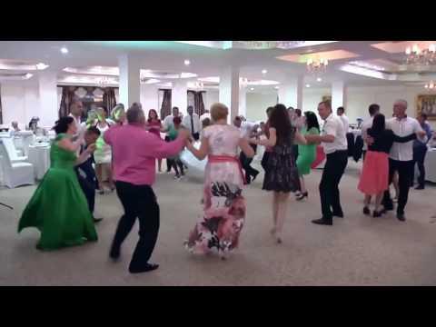 Dj Andrei Dima (Dj si solisti pentru nunti, botezuri, aniversari,etc) Tel: 0754.649.321