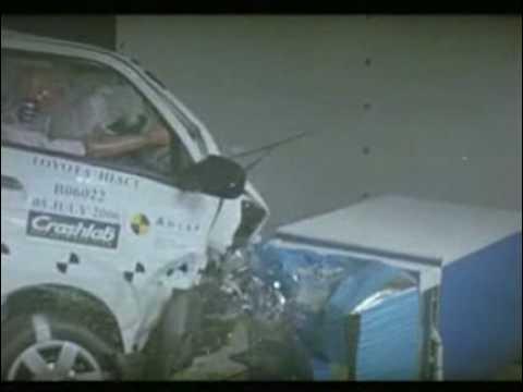 Crash Test: Toyota Hiace.