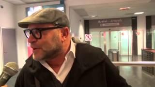 L'arrivo di Serse Cosmi all'aeroporto di Palermo