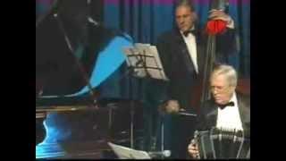 Solo Tango - Alberto Golán - Las Cuarenta - R. Grela / F. Gorrido