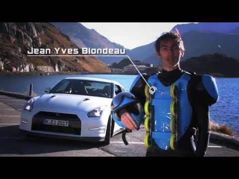 Nissan GT-R vs. Rollerman