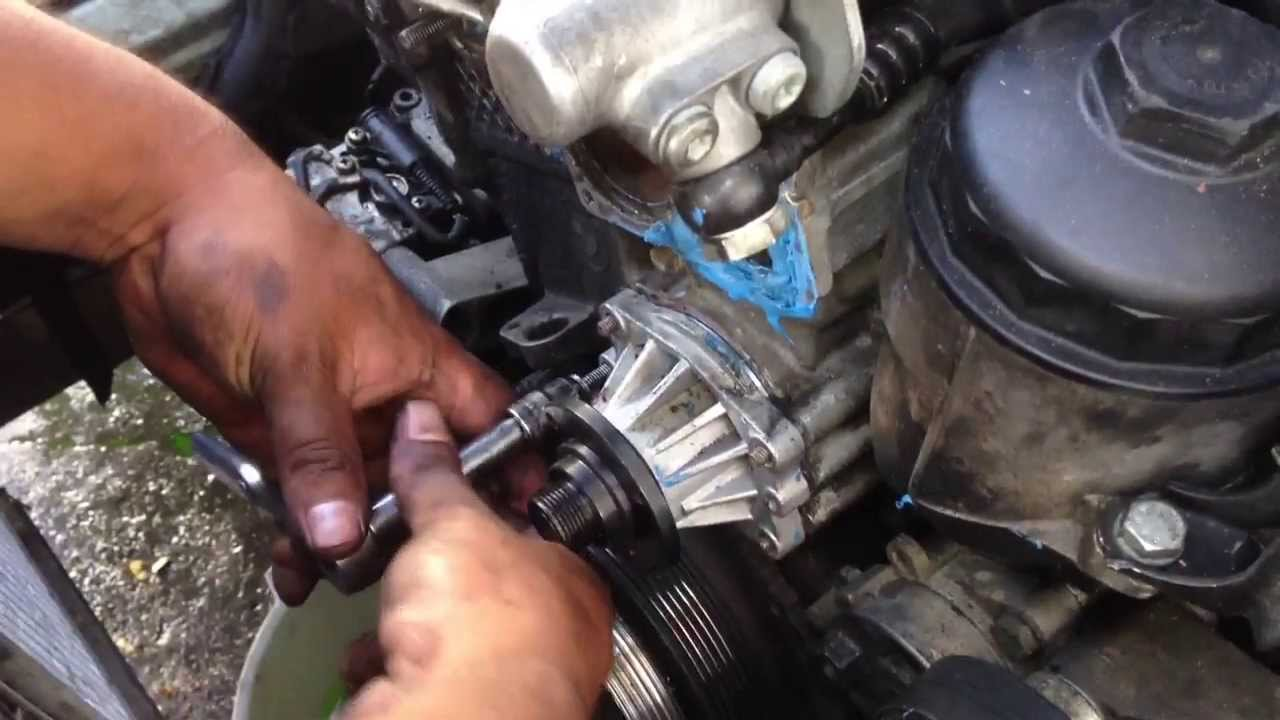 how to remove waterpump bmw 5 series 3 series e90 e39 528i 328i m5 rh youtube com
