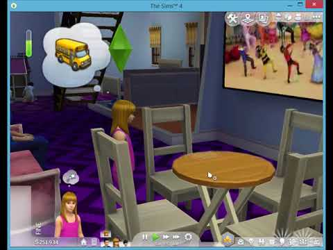 Sims 4 VS Sims FreePlay childs and dishes cleaning