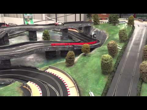 Team Scalextric, GT3 vs Audi Quattro including sounds and crashes – digital scalextric