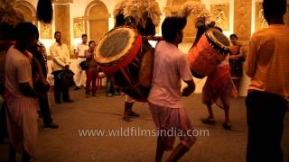 Dancing to the Dhak: Kolkata Durga puja
