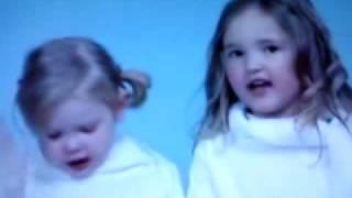 Weihnachtslieder von zwei Kinder