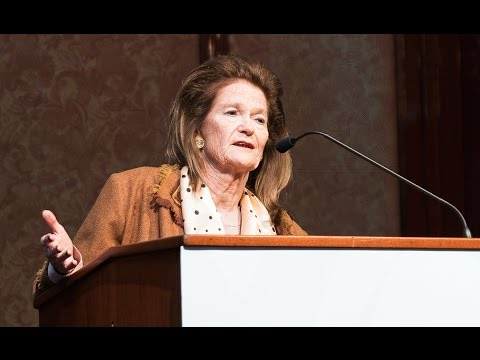 Elena Highton de Nolasco disertó en la Jornada Voces Vitales Argentinas