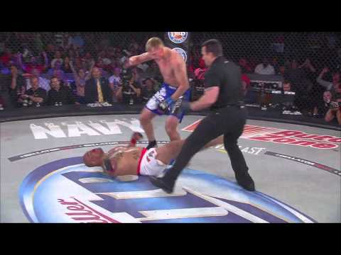 Bellator MMA Moment - Alexander Volkov's Massive Head Kick KO