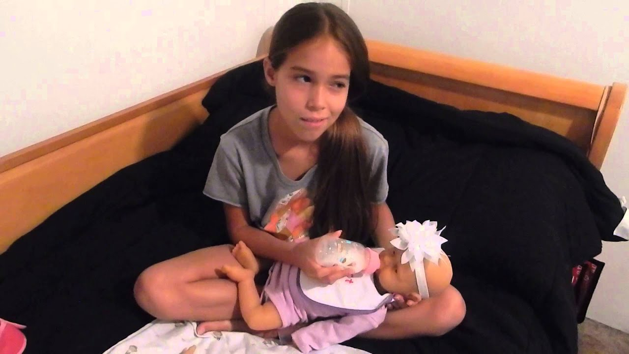 Feeding Twin Full Body Silicone Babies Sabrina And Iris Part 3 Of 3 Youtube