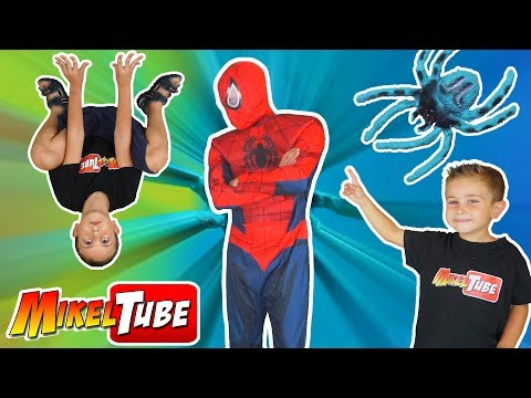 Es SPIDERMAN o SpiderMikel ? Me pica una Araña y pasa esto...