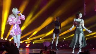 PLAYING WITH FIRE BLACKPINK IN MANILA (FANCAM)