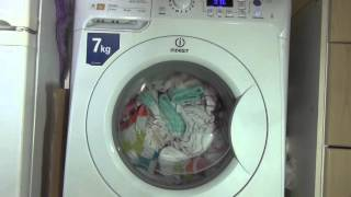 Indesit PRIME PWE71420 Washing Machine : White Cotton TIME : Rinses and spins (Pt 3 of 3)