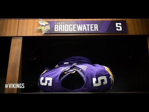 Vikings QB Teddy Bridgewater Tears ACL, Dislocates Knee - Out for Season