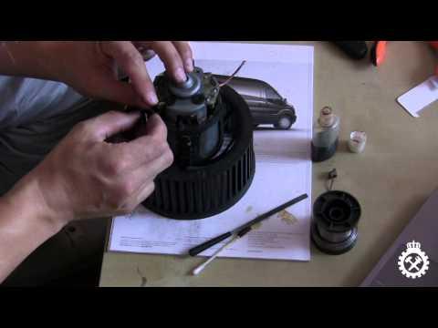 Замена щеток на вентиляторе печки Пежо 406
