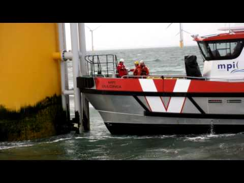 MPI Dulcinea transfers technicians onto D4 at Sheringham Shoal Offshore Wind Farm