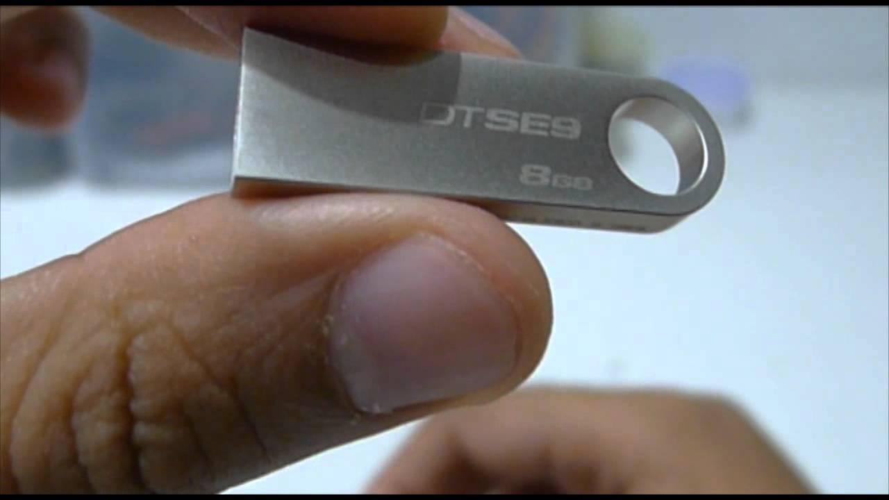 Kingston Data Traveler SE9 8GB USB Drive Unboxing