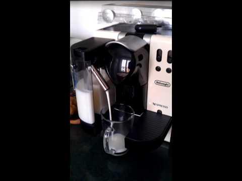 nespresso-delonghi-lattissima-en-660-crem-cadou-suport-caspsule-cubo