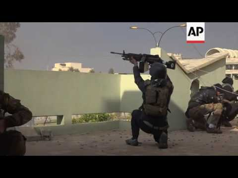 Iraq forces battling IS reach Tigris river