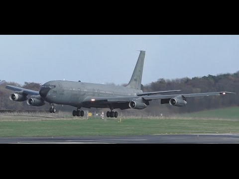 *VERY RARE* Israel Air Force Boeing 707-300C Landing at Prestwick Airport