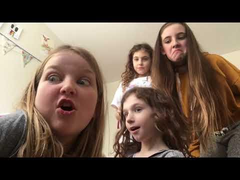 Da no thumbs challenge feat. Hayley, Hannah and birthday girl Amelia!