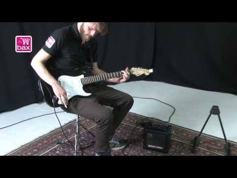 Elektrische Gitaar Startersset - Squier Bullet Strat set from YouTube · Duration:  15 minutes 34 seconds