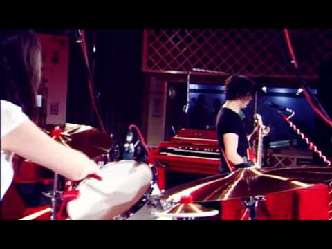 The White Stripes - I Just Don't Know What To Do With Myself (Live @ Maida Vale)