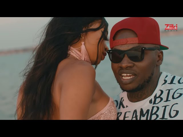 KHALIGRAPH  JONES - ROLL WITH YOU (OFFICIAL VIDEO)