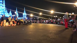 ? Mickey's Once upon a Christmastime Parade LIVE