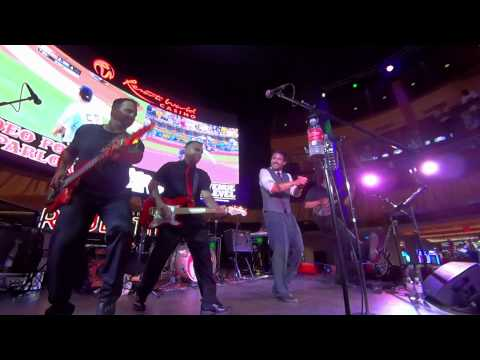 12x Live at Resorts World Casino  - This is How we do it / Poison