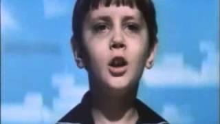 Вставай страна огромная - песня мальчика