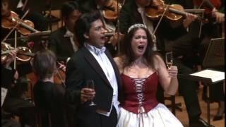 """""""Tanzen möcht ich"""" - Csardasfürstin (E. Kalman): Mehrzad Montazeri, N. Ushakova- Radetzkymarsch"""
